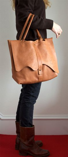 Image of Sutton Tote...Elke
