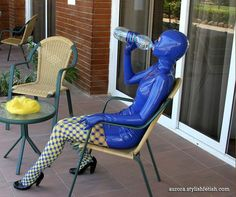 drink in zentai,nice? by daliabo