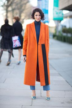 She never disappoints with her style. FW 2014 #LFW #fashionweek #streetstyle Yasmin Sewell