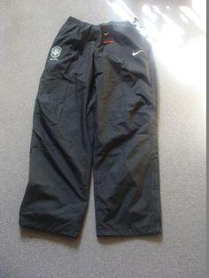 Trainingshose Anzug Presentation Präsentation Anthem Stay warm Brasilien L Vintage Shoes, Stay Warm, Parachute Pants, Stuff To Buy, Fashion, Brazil, Trousers, Moda, La Mode
