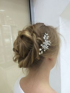 Bridal Hair Comb with Crystals Bridal Headpiece by EoliBridal