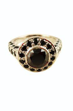 """Moissanit Ring """"Black Diamond"""" 3,28 ct. Größe 59/9. Sterlingsilber. Unisex Verlobungsring. Ausgesuchte Schmuckstücke & Geschenkideen finden Sie in unserem Shop! #JOY #Einzelstücke #Moissanit #moissanitring #moissanite #moissanitering #Ring #verlobungsring #engagementring #Sterlingsilber #handgefertigt #handmade #jewelry #schmuck #jewellery #bijoux #handmadejewelry #außergewöhnlich #Geschenk #Geschenkidee #gift #Verlobung #Hochzeit #hochzeitstag #Jahrestag #onlineshopping #Lieblingsstücke Joy Shop, Sterlingsilber, Ring Verlobung, Moissanite, Class Ring, Rings For Men, Wedding Rings, Engagement Rings, Unisex"""