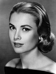 Grace Kelly-  For the fact that she lived every little girls fairy tale and never let anyone stop her!