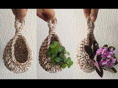 Ninho para Plantas crochê - Professora Maria Rita - YouTube Crochet Diy, Crochet Rope, Crochet Flowers, Crochet Stitches, Crochet Plant Hanger, Macrame Plant Hangers, Crochet Decoration, Crochet Home Decor, Macrame Patterns