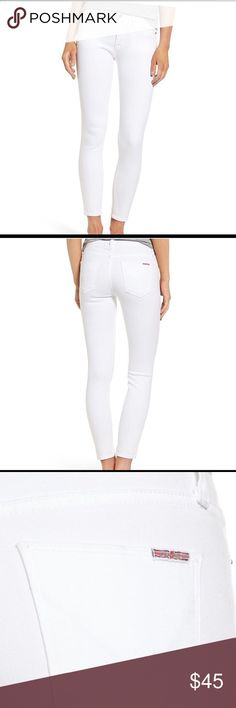 White Hudson Jeans Almost new sleek, white skinny jeans cropped to an ankle-grazing length are an essential addition to your warm-weather wardrobe. (size 26) Zip fly with button closure Five-pocket style 92% cotton, 6% polyester, 2% elastane Hudson Jeans Jeans Skinny