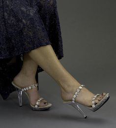 a88c1e94603 Fiore 9037. Low Heel ShoesShoes ...