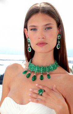 Bianca Balti at Cannes 2011, with her amazing green emeralds necklace, earrings and ring courtesy of De Grisogono.