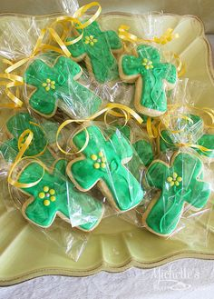 Michelle {Michelle's Party Plan It} S's Easter / Easter - Photo Gallery at Catch My Party Easter Cookies, Easter Treats, Cross Cookies, Resurrection Day, Holiday Crafts, Holiday Recipes, Easter Celebration, Hoppy Easter, Easter Party