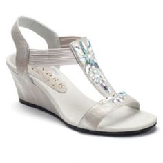 New York Transit Guess Honor Women's T-Strap Wedge Sandals