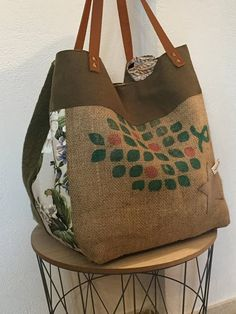 Tote bag canvas Burlap flax and fabrics a large bag Tote