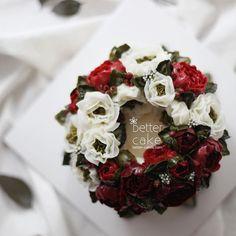 . . Done by my student from CANADA  - Buttercream flower cake . . (베러 정규클래스/Regular class) www.better-cakes.com  Any inquiries about BETTER CLASS, Plz contact me through LINE or Email. Mailbettercakes@naver.com Linebetter_cake FacebookBetter Cake Kakaotalkbettercake  #buttercream#cake#베이킹#baking#bettercake#like#버터크림케익#베러케이크#cupcake#flower#꽃#sweet#플라워케이크#koreabuttercream#wilton#앙금플라워#디저트#buttercreamcake#dessert#버터크림플라워케이크#follow#떡케익#koreancake#beautiful#윌튼#instacake#꽃스타그램...