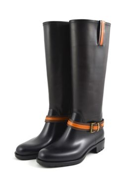 Art. 3053 In #love with #rainboots