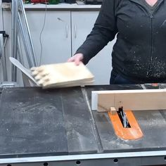 Building Link 846113848730199532 - My first time making box joints and well let's just say I learned a lot. First off… do your practice cuts in the same material thickness as your actual workpiece. Check Link For More : Source by delaierasalvatore Woodworking Ideas Table, Woodworking Projects That Sell, Woodworking Joints, Woodworking Techniques, Popular Woodworking, Woodworking Crafts, Woodworking Plans, Unique Woodworking, Workbench Ideas