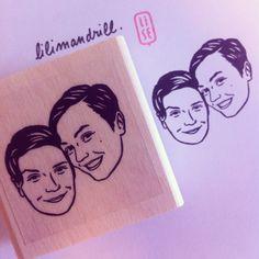 Custom Portrait Stamp @lilimandrill www.lilimandrill.fr @etsy #savethedate #EtsyGifts #selfie #etsywedding #wedding #bridesmaid #bride #diy #giftforcouple #portraitstamp #stamp #personalizedgift #gift #weddinggift #Love #bacheloretteparty #weddingidea