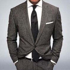 Worry no more my man! Because we've got the most Stylish Wedding Suit Styles For Nigerian Men which you could choose from the best naija men wedding suits styles of Mens Fashion Suits, Mens Suits, Men's Fashion, Fashion Photo, Wedding Suit Styles, Wedding Suits, Trendy Wedding, Best Suits For Men, Cool Suits