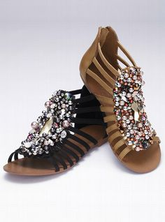 Not usually big on gladiator anything, but these are gorgeous!!!