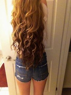 I love this long curly perm!