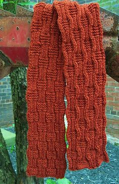 Gridwork Knitting Pattern : Free Pattern: Lazy Links Scarf by Mia Rosa. Oh wow, this is beautiful. Use th...