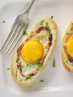Panecillos rellenos de huevo, queso y bacon fáciles y delicioso con receta paso a paso Ketogenic Recipes, Ketogenic Diet, Diet Recipes, Vegan Recipes, Pan Relleno, Keto Results, Avocado Egg, Keto Dinner, Brunch