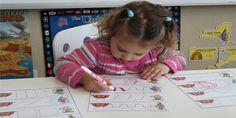 30 schede di pregrafismo di percorsi con linee rette, curve e miste da stampare per bambini della scuola dell'infanzia per imparare a disegnare