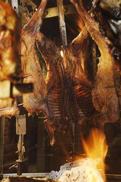 Estilo Campo - Puerto Madero >>> http://fondodeolla.com/estilo-campo-tributo-la-carne-argentina/