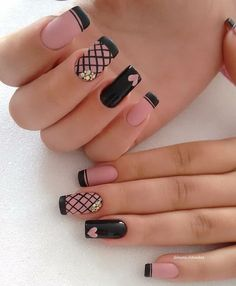 Looking for easy nail art ideas for short nails? Look no further here are are quick and easy nail art ideas for short nails. Acrylic Nails Natural, Cute Acrylic Nails, Cute Nails, Pretty Nails, Cute Nail Art Designs, Black Nail Designs, Acrylic Nail Designs, French Nails, Hair And Nails