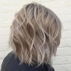 Ash Blonde Wavy Bob Ash Blonde Short Hair, Hair Blond, Ash Blonde Balayage, Balayage Highlights, Blonde Ombre, Ombre Bob, Ash Hair, Ombre Hair, Haircuts For Medium Hair