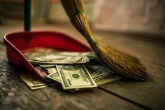 出典:http://merrybiz.jp/fukugyo_kakuteishinkoku/ お金に関する価値観が合うかどうかは、お付き合いをしていく上で大きな問題となります。お金を派手に浪費する男性も困りものですが、1円単位で割り勘をしたり損得勘定でのみ行動したりする『ケチ男』も絶対に避けたいところ。 お金に関する価値観は実際にお付き合いをしてみないとわからないと思われがちですが、実は男性の身体のある部分を見ることで、その傾向を知ることができるのです。 その部分とは『鼻』。男性の鼻の形で、彼の性格や行動の傾向がわかると言われているのです。そこで、男性の特徴を鼻の形ごとにご紹介します! 1.ケチな男性 出典:http://www.excite.co.jp/News/woman_clm/20150905/Womaninsight_62975.html…