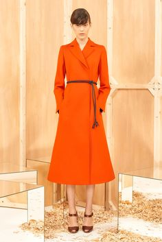 http://www.style.com/slideshows/fashion-shows/pre-fall-2015/sportmax/collection/10