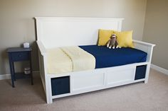 Potential building ideas for dog daybed
