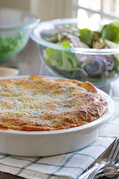 Ground beef is combined with pasta sauce, then topped with lots of cheese and a crescent roll crust in this Zesty Italian Crescent Casserole that the whole family will love.: