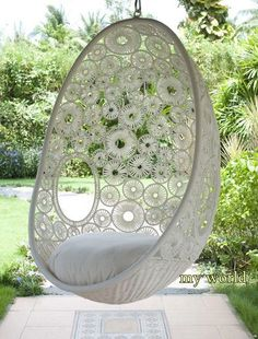 Hanging Pod Chair Zara - Oh I absolutely like this chair! It would be so pretty hanging in a tree in the rock garden or under my pergola on the deck. Pod Chair, Swivel Chair, Ikea Chair, Chair Pads, Swinging Chair, Chair Swing, Swing Seat, Hammock Swing, Porch Swing