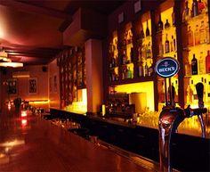 Jazil Bar in Frankfurt. Bewertungen dazu findest du hier: http://www.golocal.de/frankfurt/bars-lounges/jazil-YUlL5/