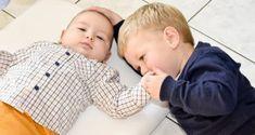 apprentissage de la propreté 37 mois Education Positive, Terrible Twos, Baby Growth, Black Ballet Flats, Positive Attitude, Montessori, Baby Kids, Parents, Pregnancy