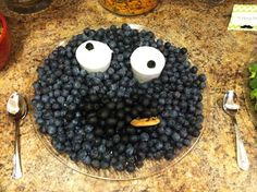 Sesame Street Cookie Monster Fruit and Veggie Tray
