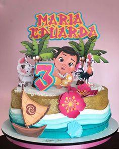 Luau Birthday Cakes, Moana Birthday Party Theme, Moana Themed Party, Moana Party, Girl 2nd Birthday, Bolo Crossfit, Moana Theme Cake, Moana Backdrop, Moana Hawaiian
