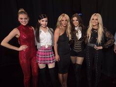 Hailee Steinfeld, Britney Spears, Jamie Lynn Spears, Kelsea Ballerini & Sofia Carson backstage at 2017 Radio Disney Music Awards