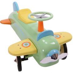 Smuk og meget stabil flyver udført i metal med gummibelægning på hjulene, så den kan bruges både indendørs og udendørs. 1.099 kr