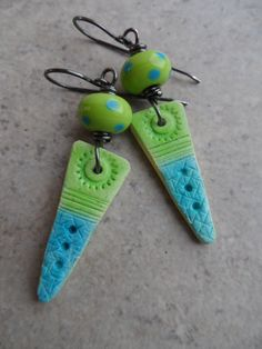 On the Dot ... Aqua and Lime Polymer Clay Lampwork by juliethelen