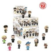 Buy Harry Potter: - Mystery Minis at Mighty Ape NZ. Begin a magical adventure with Harry Potter Mystery Minis Series From the beloved films comes this second wave of mini-figures based on your favor. Funko Mystery Minis, Funko Pop, Vinyl Figures, Action Figures, Potter Box, Pochette Surprise, Beloved Film, Gadgets, Mini Blinds