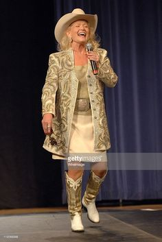 Lynn Anderson during 'Rhinestones and Roses' A Tribute to Clothing Designer Manuel at War Memorial Auditorium in Nashville, Tennessee, United States.