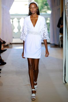 Andrew Gn Spring 2012 Ready-to-Wear Collection Slideshow on Style.com
