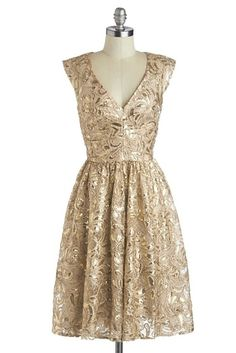 51 Reasons To Shower Your Wedding In Gold  Bridesmaid Dress