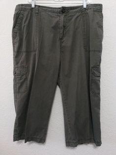 """Merona - Women's Cargo Capri's Cropped Size 16W & 20"""" Inseam Khaki Green 6 Pockets #Merona #Cargo"""