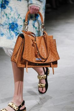 Prada Fall 2017 Ready-to-Wear Accessories Photos - Vogue - Sale! Shop at Stylizio for womens and mens designer handbags luxury sunglasses watches jewelry purses wallets clothes underwear Burberry Handbags, Prada Handbags, Prada Bag, Fashion Handbags, Fashion Bags, Leather Handbags, Fashion Accessories, Fall Fashion, Fashion Jewelry