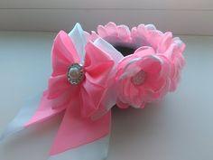 Резинка на гульку из нежных цветков Канзаши МК / The elastic on the bun of the flowers Kanzashi MK - YouTube