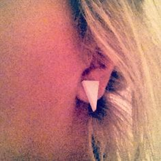 Hipster triangle earrings :) <3