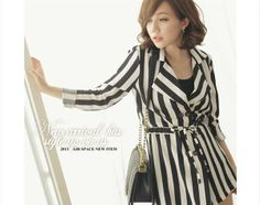 Blazer Wanita Korea Hitam Putih http://www.eveshopashop.com/blazer-wanita-garis-garis-hitam-putih-modern/