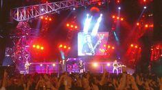 AC/DC - Hard As A Rock (Plaza De Toros De Las Ventas 1996)