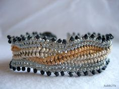 Jubeads box: 14-15/19.6.11 Herringbone Cabled Bracelet